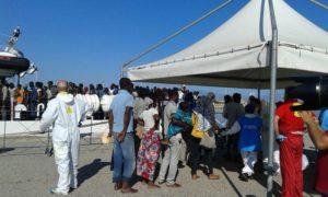 Migranti giunti a Corigliano