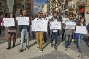 Parigi: manifestazione musulmani a Cosenza