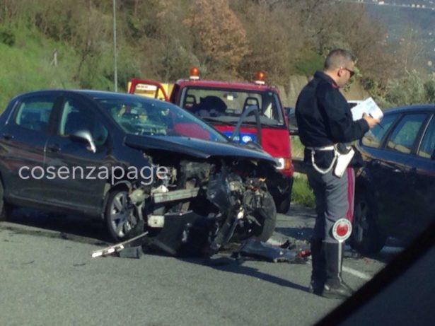 Incidente stradale nei pressi dell'Unical