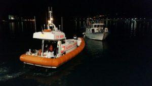 Guardia costiera soccorre peschereccio in difficoltà