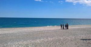 spiaggia_indagano_carabinieri
