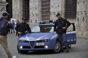 Polizia volante poliziotti