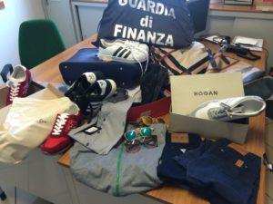 rossano - gdf marce contraffatta