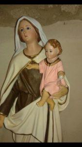Danneggia statue sacre Chiesa Belcastro
