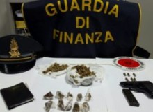 unical_gdf_sequestro_armi_droga