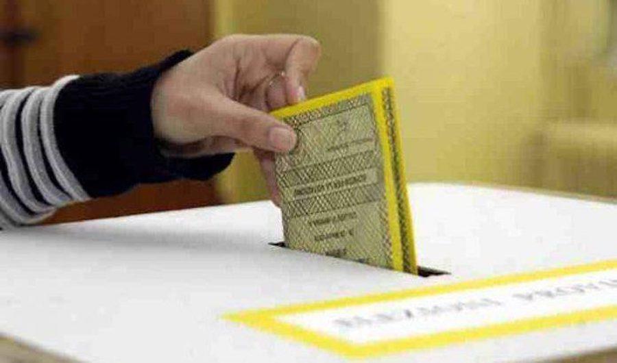 Corigliano e Rossano al voto, affluenza sotto il 50 % alle 19