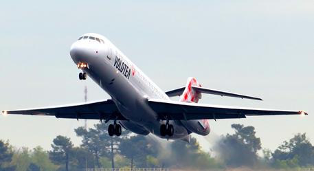 Aeroporto di Genova, nuove rotte Volotea per Lampedusa, Lamezia e Mykonos